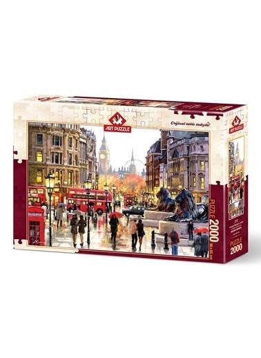 Art Puzzle 2000 Parça Trafalgar Meydanı Londra -Educa